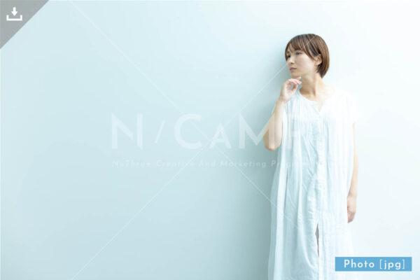 N_000930_7153_女性フリー写真素材